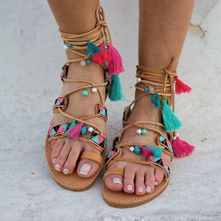 Bedroom Styleideas: 50 Chic Style Bohemian Sandal Ideas